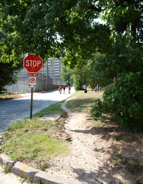 Pedestrian desire line on Oak Valley Road near Lenox Station